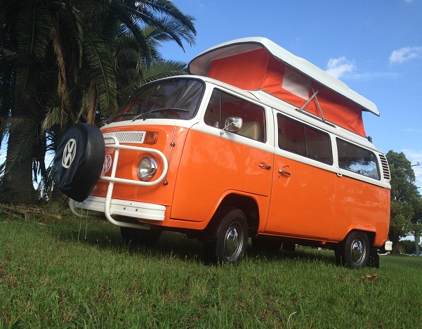 VW Kombi 1977 Orange Crush Completed